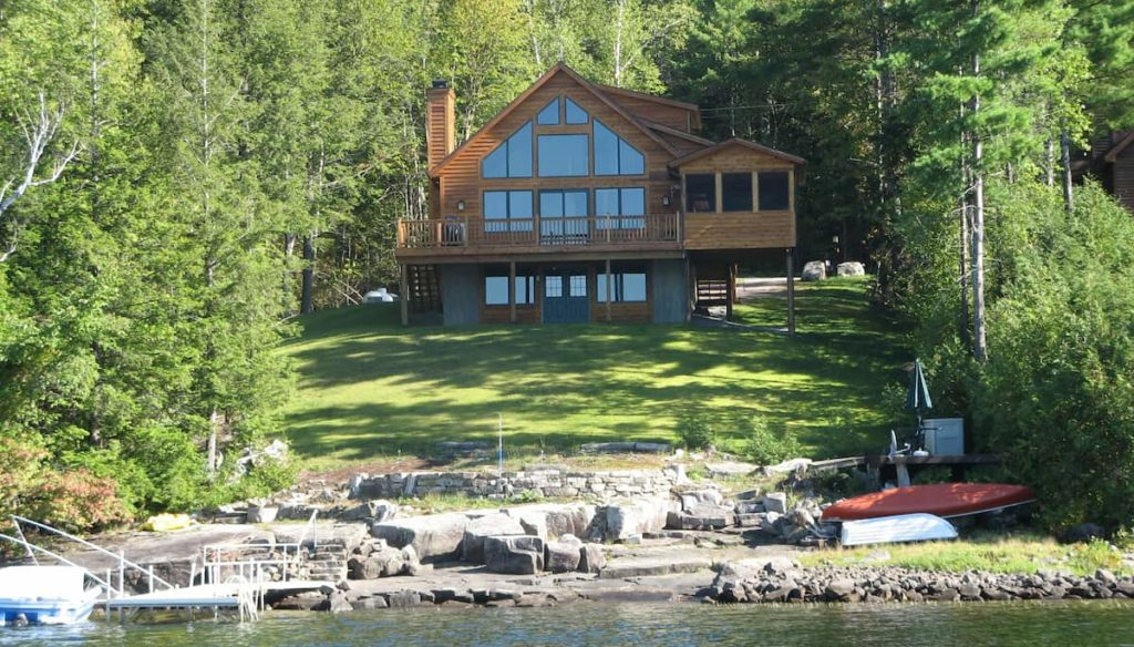 Location of lake properties a key factor