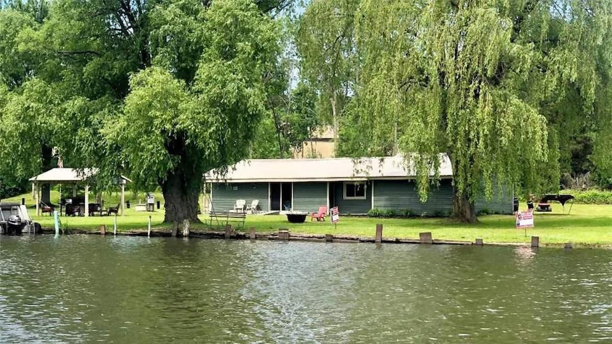 lake property for sale near me