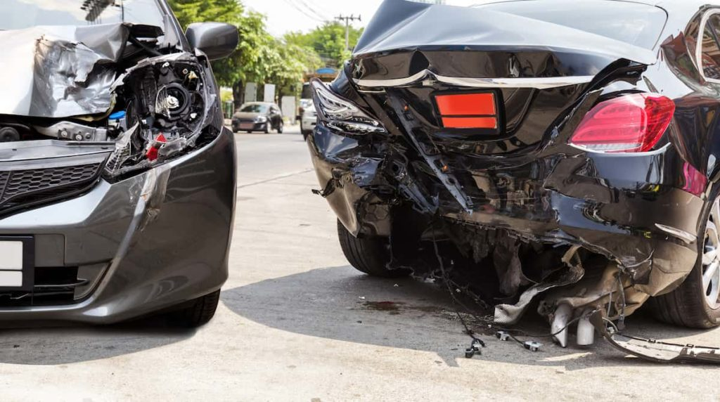 Dos and Don'ts in the event of a Car Crashes